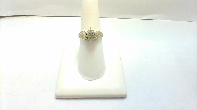 Lady's Diamond Cluster Ring 12 Diamonds .12 Carat T.W. 10K Yellow Gold 3.4g