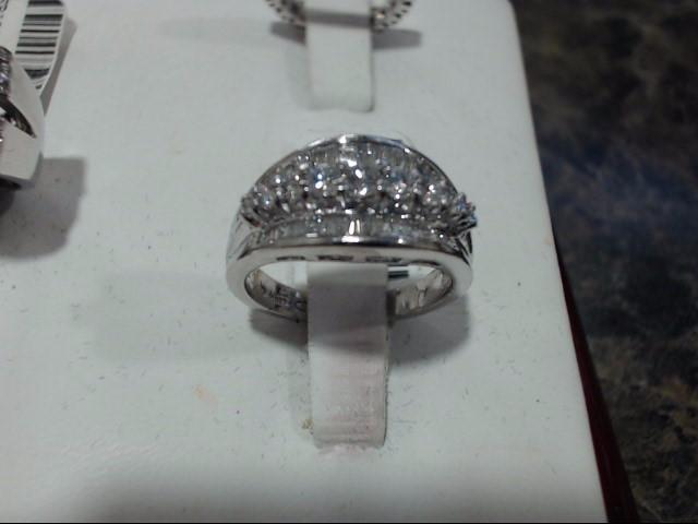Lady's Platinum Ring 900 Platinum 9.3g