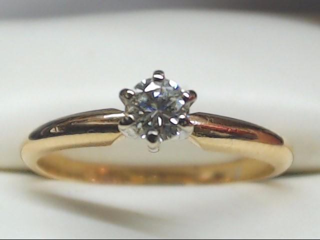 Lady's Diamond Engagement Ring .15 CT. 14K Yellow Gold 1.9g Size:6