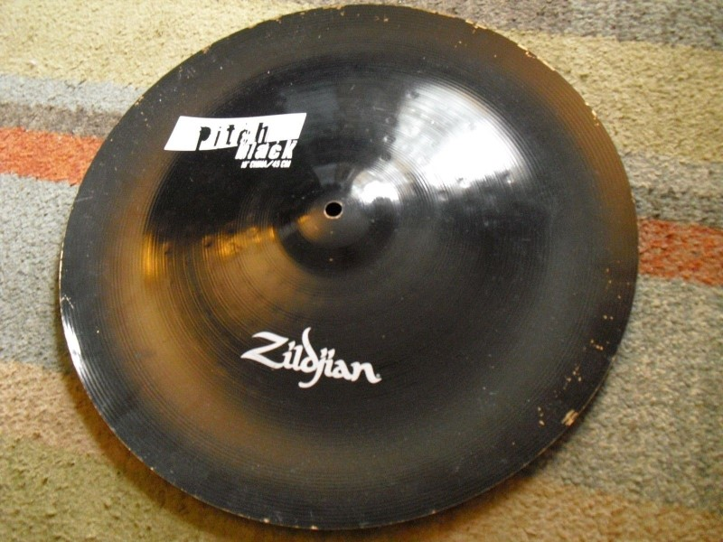 "ZILDJIAN Cymbal PITCH BLACK 18"" CHINA"