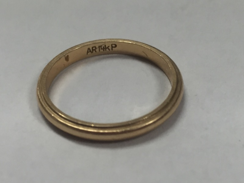 LADIES 14K Y/G WEDDING BAND, SIZE 6.5, 19 GRAM WEIGHT, GOOD CONDITION.