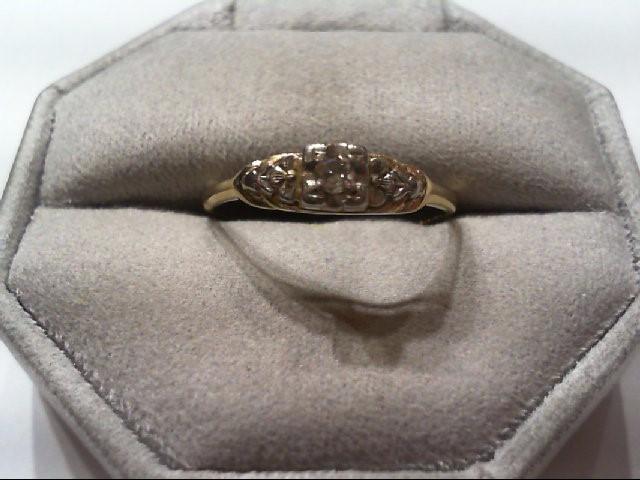 Lady's Diamond Engagement Ring .08 CT. 14K Yellow Gold 1.9g