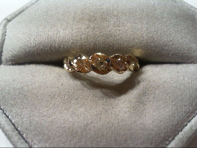 Lady's Diamond Wedding Band 5 Diamonds .20 Carat T.W. 14K Yellow Gold 2.3g