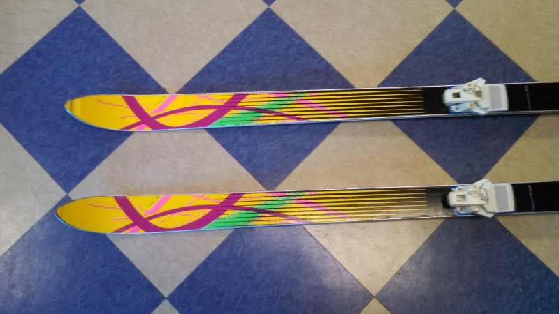 "72"" HART DOWNHILL SKIS WITH SKI POLES AND TYROLIA 470 BINDINGS"