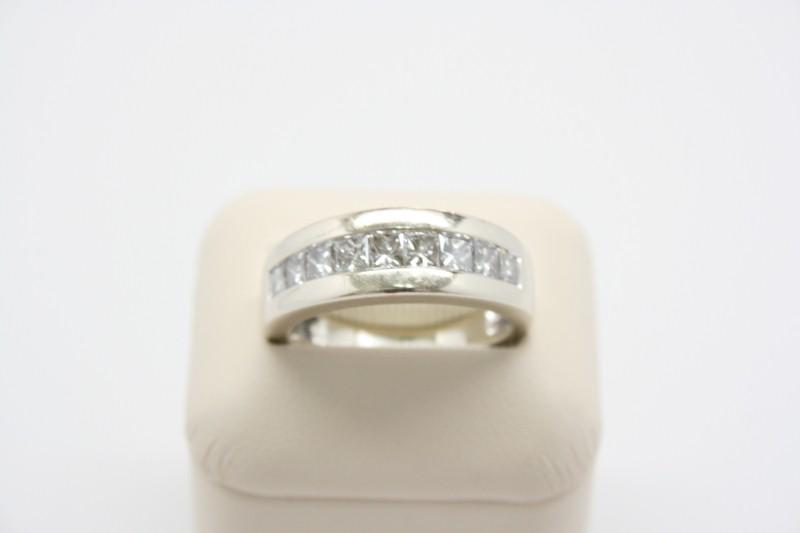 GENT'S 14K WHITE GOLD  PRINCESS DIAMOND BAND 1.71CTW APPROX
