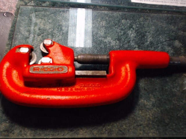 RIDGID Miscellaneous Tool PIPE CUTTER
