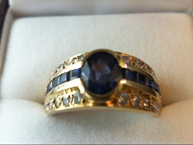 Sapphire Lady's Stone Ring 14K Yellow Gold 6.11g