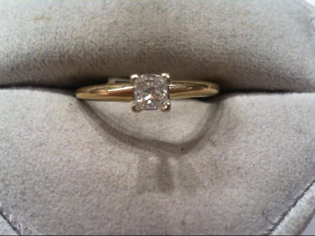 Lady's Diamond Engagement Ring .34 CT. 14K Yellow Gold 1.9g
