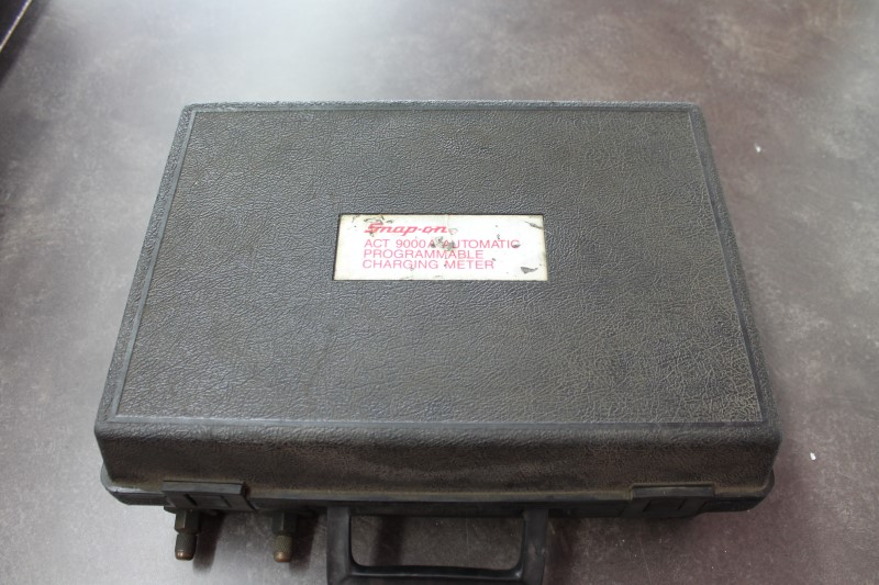 SNAP ON Battery/Charger ACT 9000A