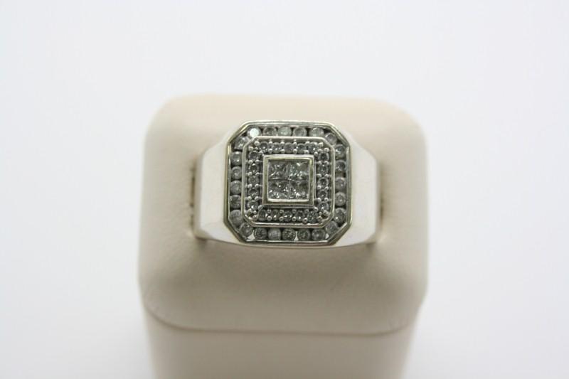 GENTS DIAMOND RING  14K WHITE GOLD