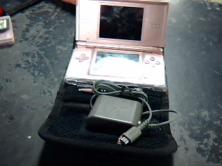 NINTENDO Video Game System DS LITE - HANDHELD - PINK