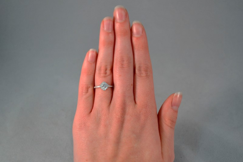 White Stone Lady's Silver & Stone Ring 925 Silver 1.5g Size:6