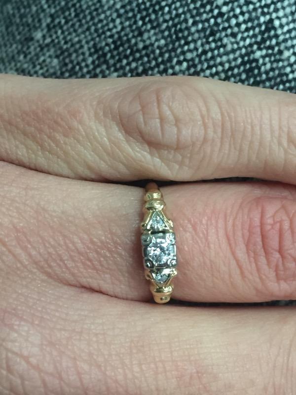 Antique Lady's Diamond Engagement Ring 3 Diamonds .17 Carat T.W.