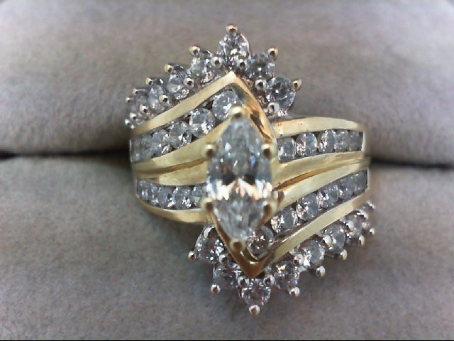 Lady's Gold Ring 10K Yellow Gold 4.6g