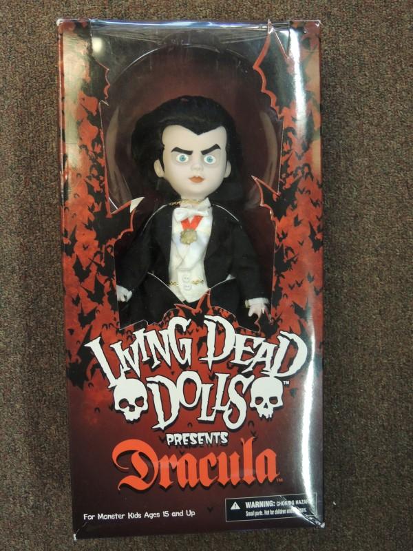 DRACULA LIVING DEAD DOLL