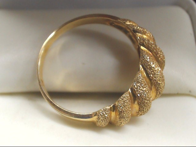 Lady's Gold Ring 14K Yellow Gold 2.6g Size:6