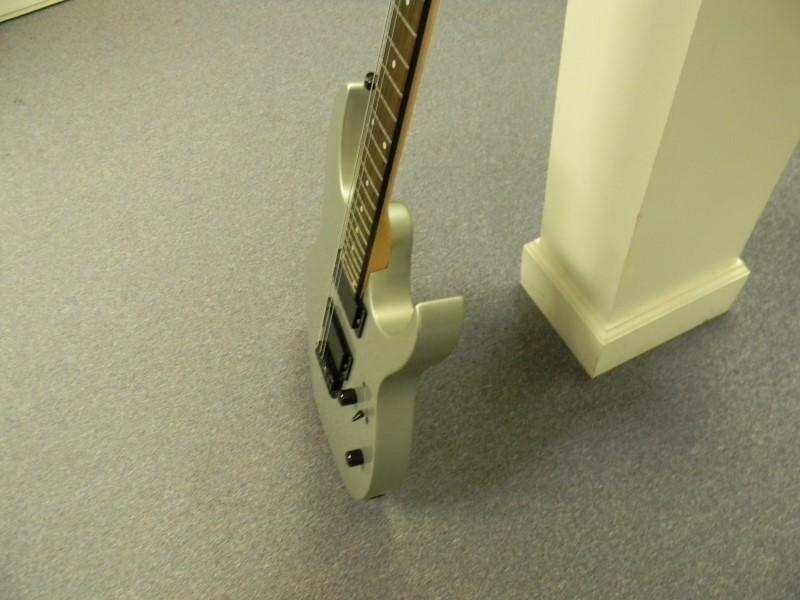 IBANEZ 2007 Electric Guitar GIO RG Series GRG121EX Silver PLEASE READ