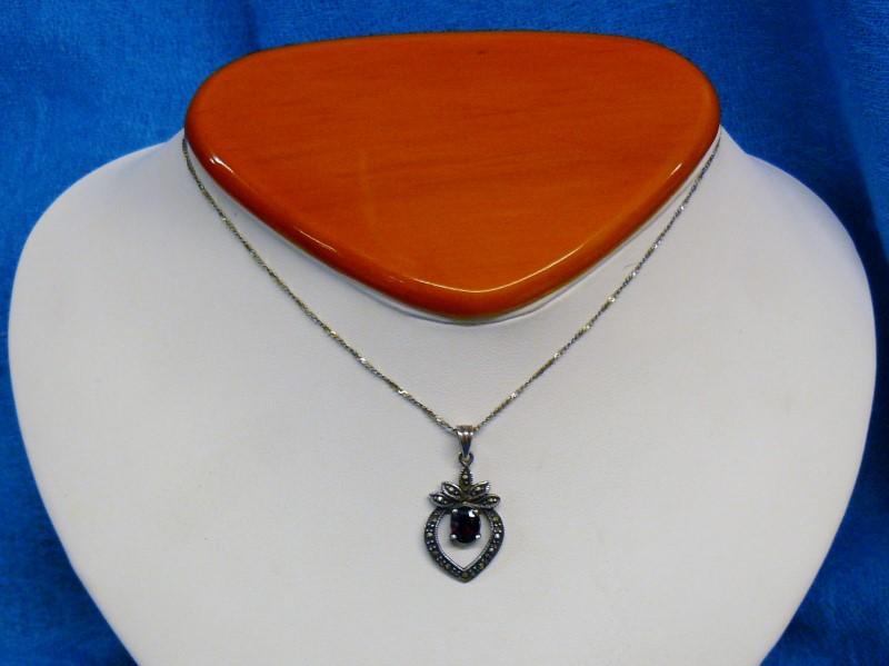 Almandite Garnet Silver-Stone Pendant 925 Silver 1.17dwt