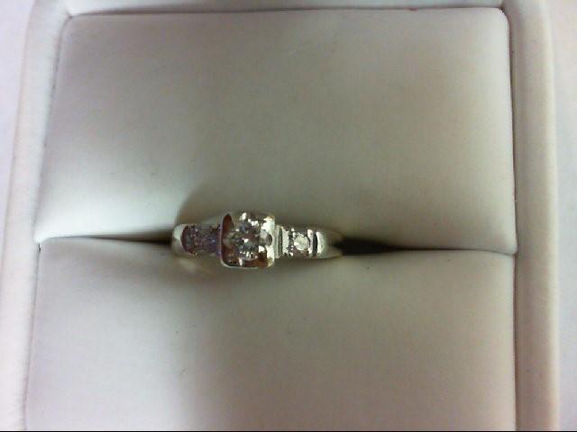 Lady's Diamond Engagement Ring 3 Diamonds 0.19 Carat T.W. 14K 2 Tone Gold 1.7g S