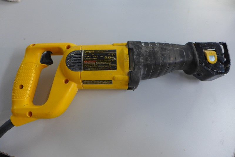DEWALT Reciprocating Saw DW304P RECIPROCATING SAW