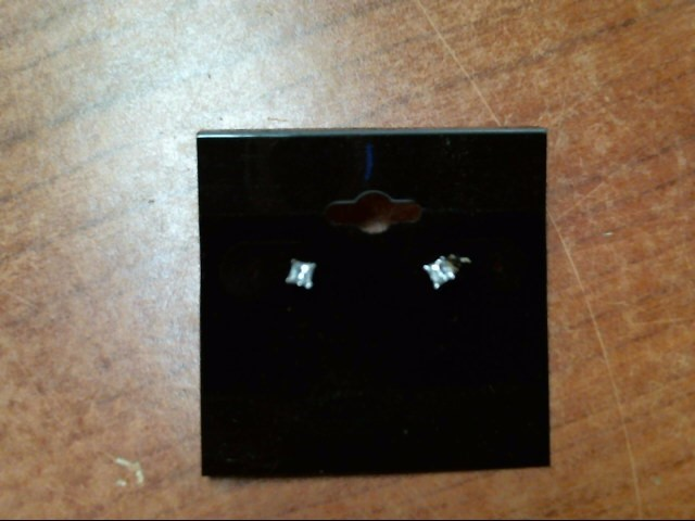 Gold-Diamond Earrings 2 Diamonds .40 Carat T.W. 14K Yellow Gold 0.6g