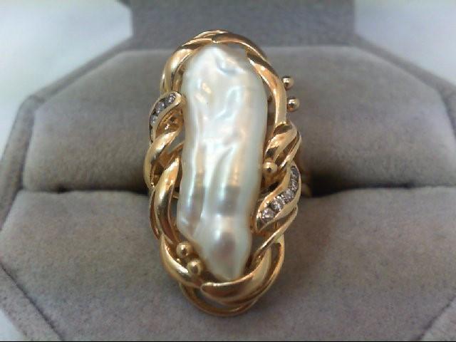 Lady's Diamond Fashion Ring 10 Diamonds .10 Carat T.W. 14K Yellow Gold 5.7g