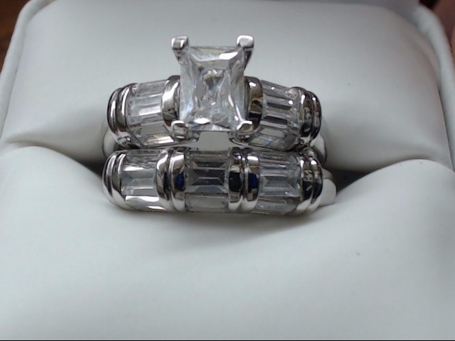 Lady's Silver Ring 925 Silver 7.6g Size:8