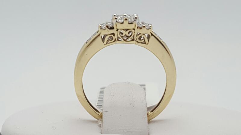 Lady's Diamond Engagement Ring 23 Diamonds .19 Carat T.W. 10K Yellow Gold 1.7g