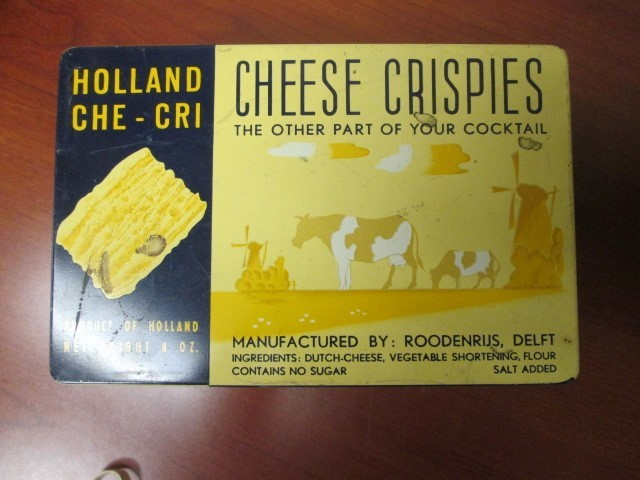VINTAGE HOLLAND CHE-CRI CHEESE SRISPIES TIN BY RODENRJIS, DELFT.  PRODUCT OF HOL