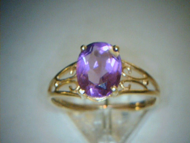 Amethyst Lady's Stone Ring 10K Yellow Gold 1dwt Size:7.5