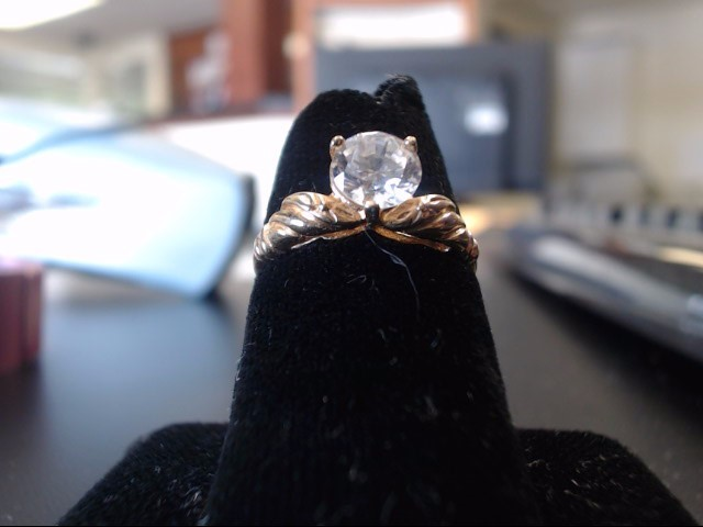 Synthetic White Stone Lady's Stone Ring 14K Yellow Gold 2.03g
