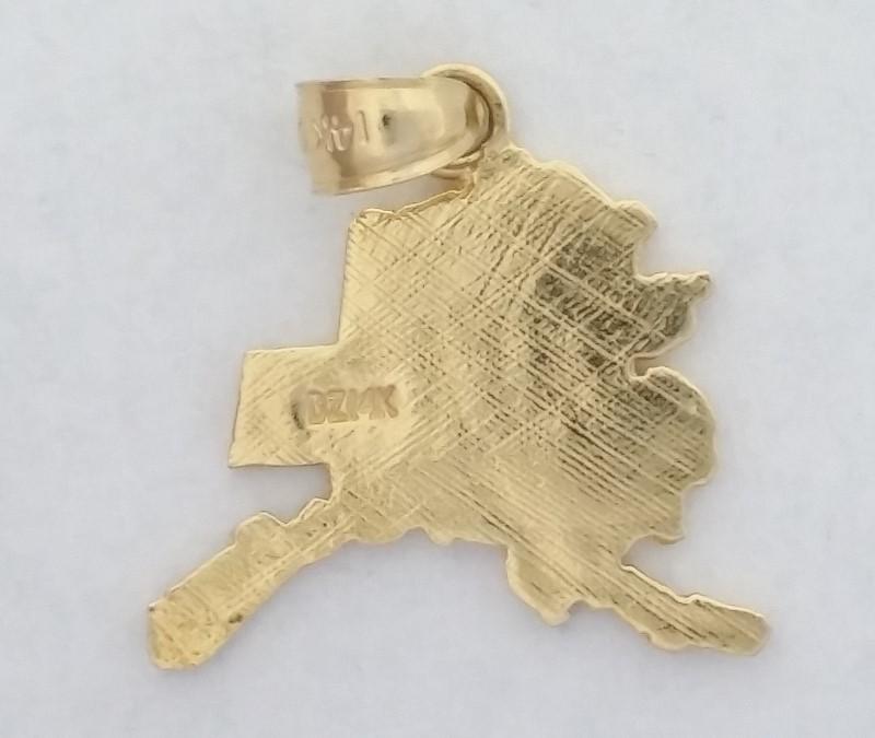 Alaska Pendant set in 14K Yellow Gold 2.03g
