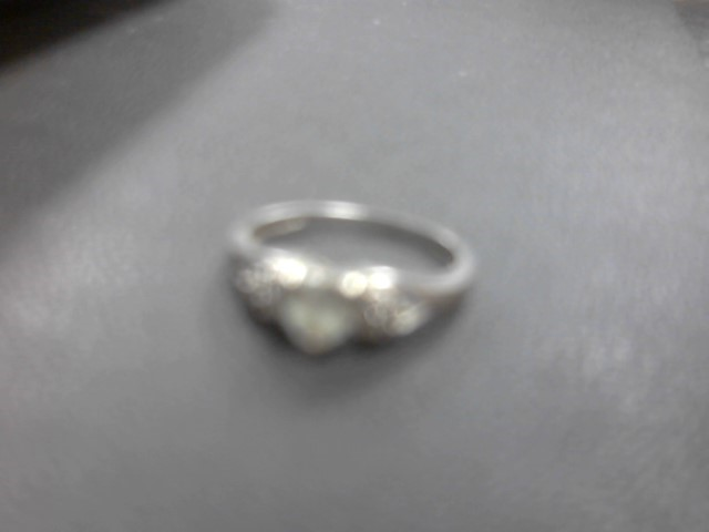Synthetic Cubic Zirconia Lady's Stone Ring 10K White Gold 1.8g