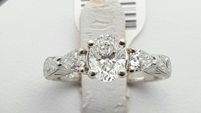 Lady's Diamond Engagement Ring 3 Diamonds 1.28 Carat T.W. 18K White Gold 5.7g Si