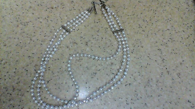 Synthetic Pearl Stone Necklace 40.29g
