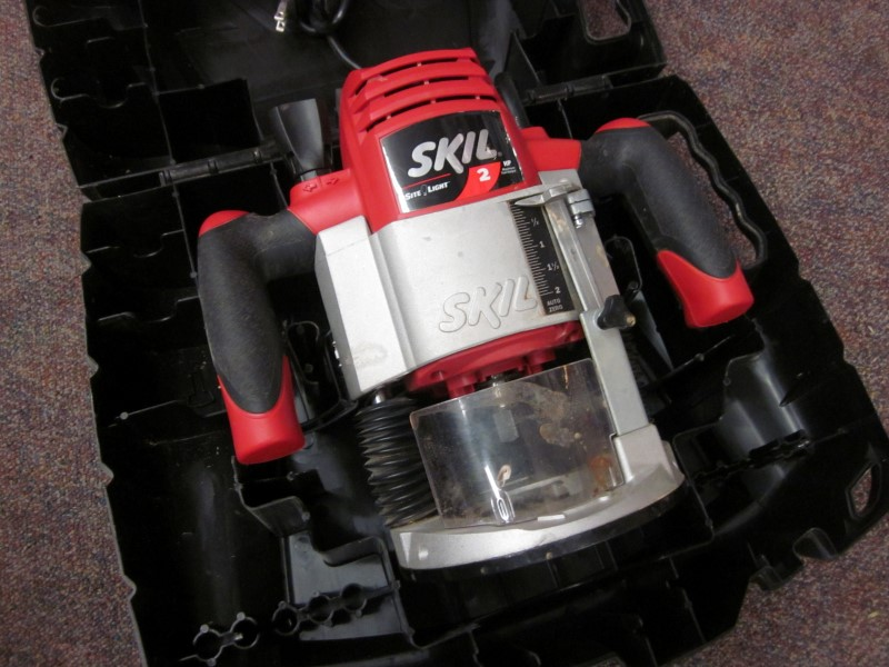 SKIL ROUTER 1820