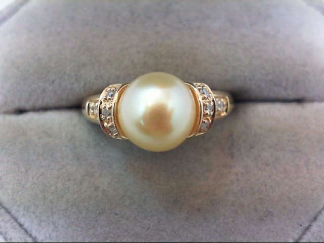 Pearl Lady's Stone & Diamond Ring 10 Diamonds .10 Carat T.W. 14K Yellow Gold