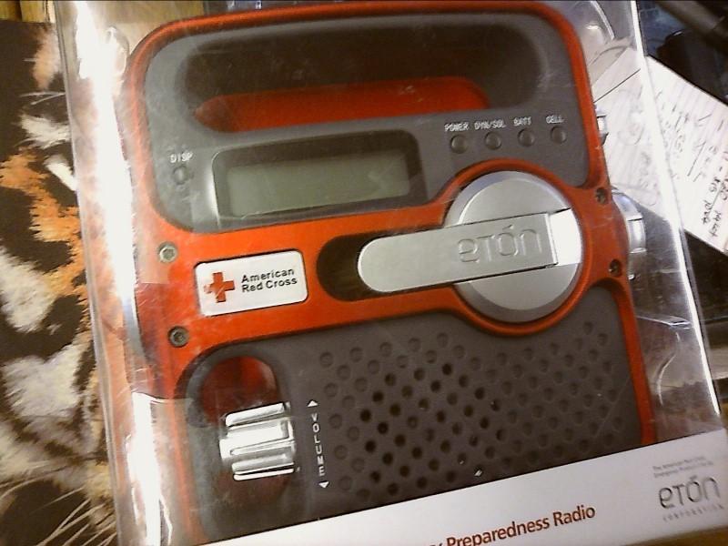 AMERICAN RED CROSS Radio SOLARLINK FR360