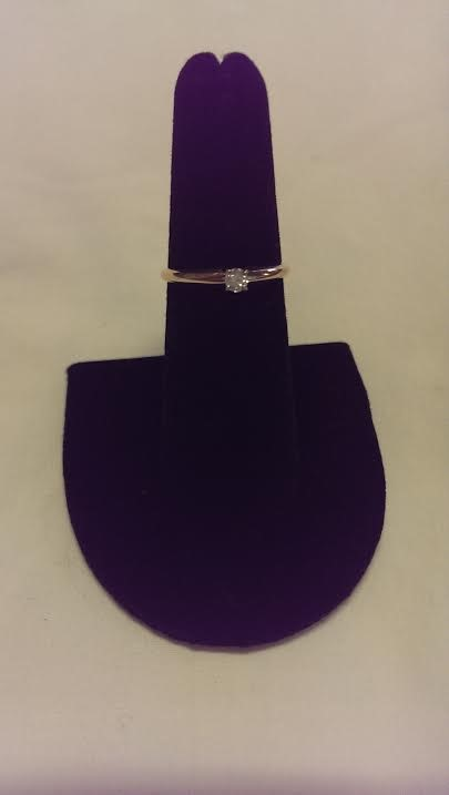Lady's Diamond Engagement Ring .15 CT. 14K Yellow Gold 1.2dwt Size:6