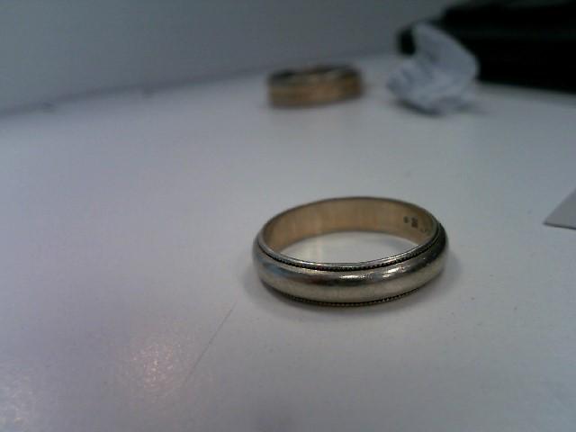 Lady's Gold Ring 14K White Gold 2.79g Size:4.8