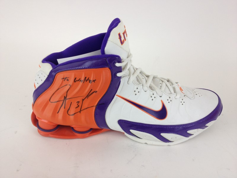 2005 SHAWN MARION GAME WORN PHOENIX SUNS NIKE BASKETBALL SHOES SIGNED FROM THE 2