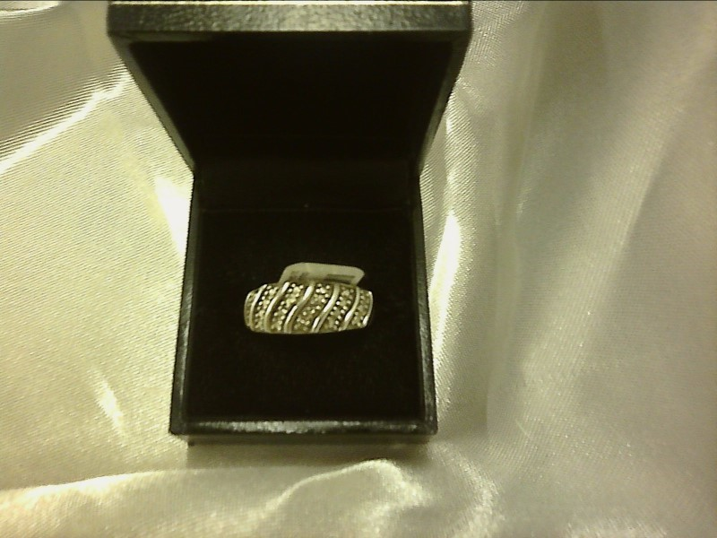 Lady's Silver Ring 925 Silver 2.63dwt Size:6