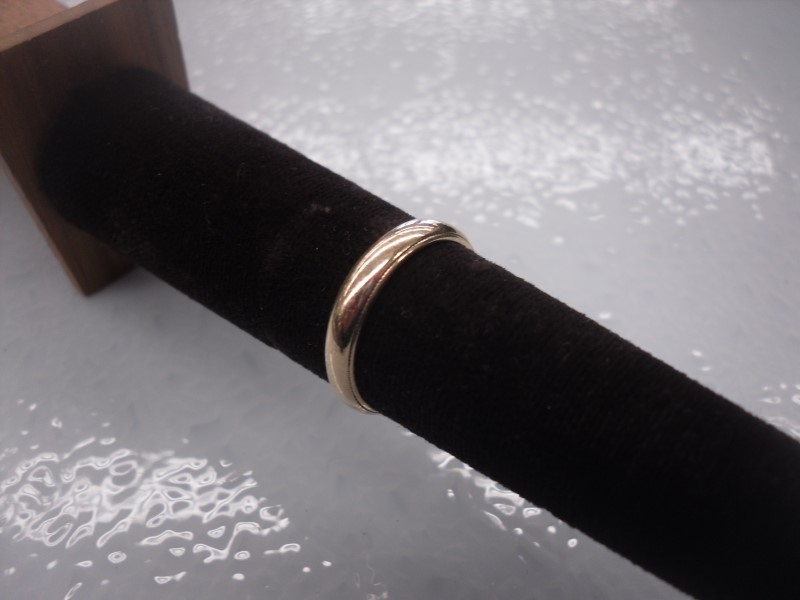 Gent's Gold Wedding Band 14K Yellow Gold 4.4g Size:7.25
