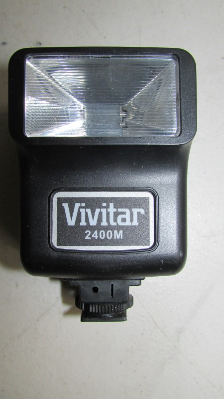 VIVITAR 2400M FLASH