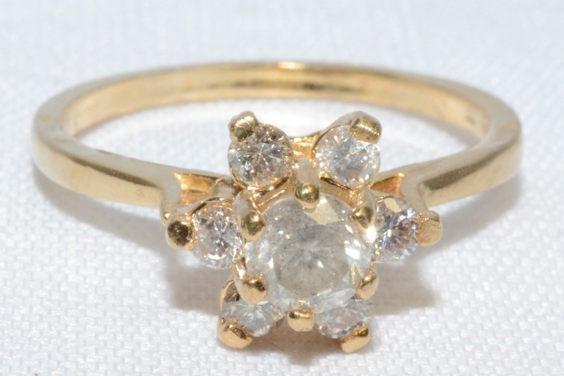 14K Yellow Gold Vintage Inspired Diamond Floral Flower Cluster Ring sz 7.5