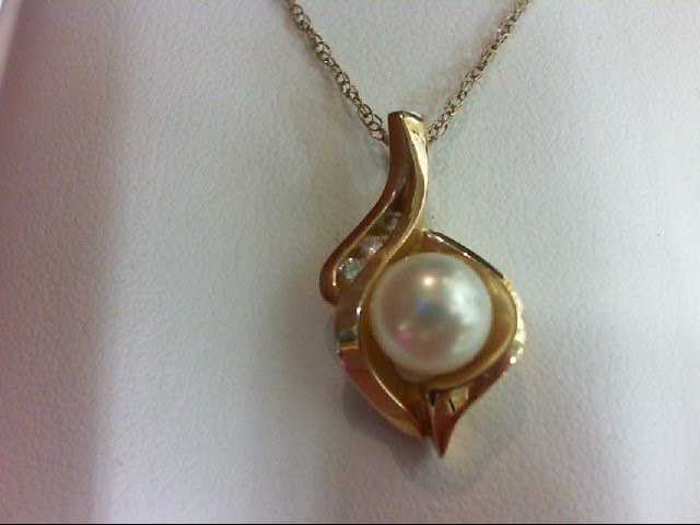 Pearl Gold-Diamond & Stone Pendant 3 Diamonds 0.09 Carat T.W. 14K Yellow Gold 3.