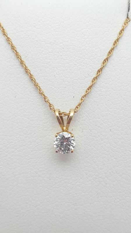 Gold-Diamond Solitaire Pendant .26 CT. 14K Yellow Gold 0.3g