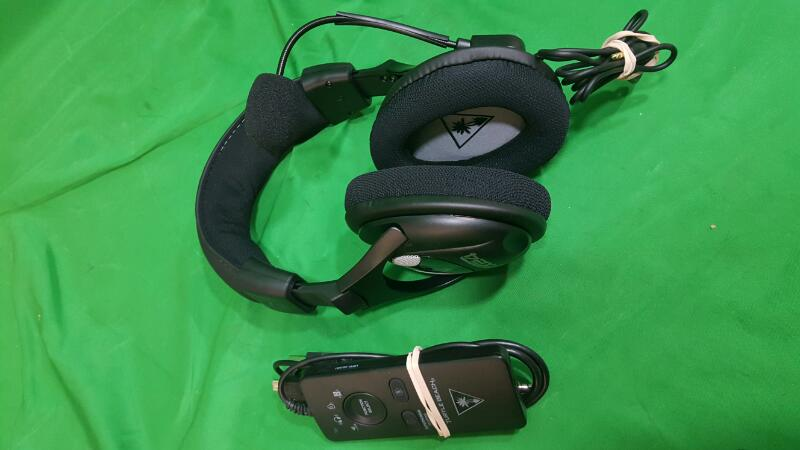 turtle beach earforce px24 headset works with ps4. Black Bedroom Furniture Sets. Home Design Ideas