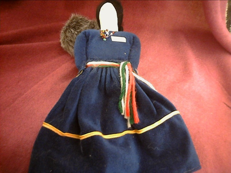 MISC NATIVE AMERICAN MISC USED MERCH MISC USED MERCH; SPIRIT DOLL AND GRANDDAUGH