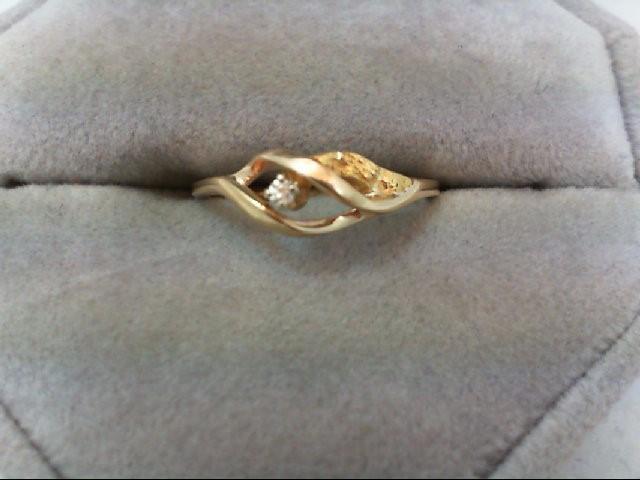 Lady's Diamond Fashion Ring 0.02 CT. 10K Yellow Gold 1.4g